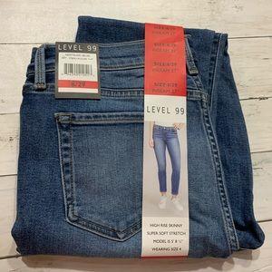 Level 99 high rise skinny Jeans Sz. 8
